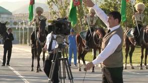 AU ROYAUME D'AKHAL TEKE, LES ECURIES EXTRAORDINAIRES DU TURKMENISTAN