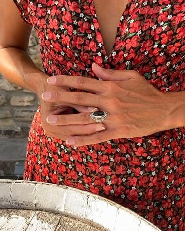 Vídeo: Anillo Obsidiana Forma Oval Plata de Ley 925