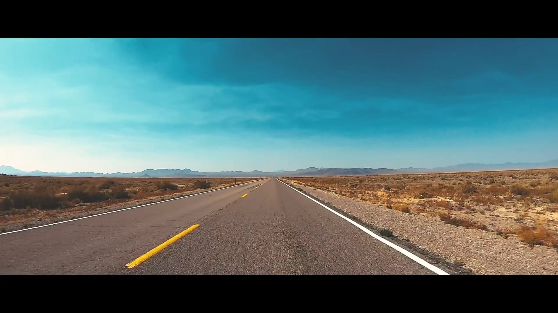 A Dance with the desert. DJI & GOPRO intergraded footage.