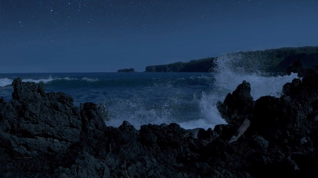 Night Beauty of the Ocean, Maui Island, Hawaii in HD 240 fps