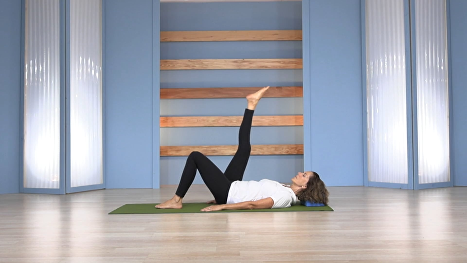 Gentle Core Strength: Strengthen/Lengthen the Core Muscles through Back Lying Exercises