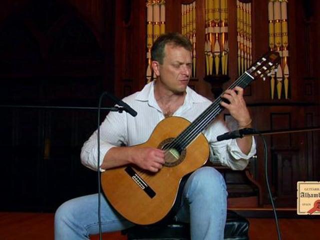 "Philippe Bertaud performing ""Latin"""