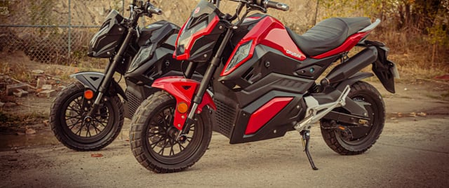 Daymak Road Warrior 72V Electric Bike + Motorcycle Helmet (Black) video thumbnail