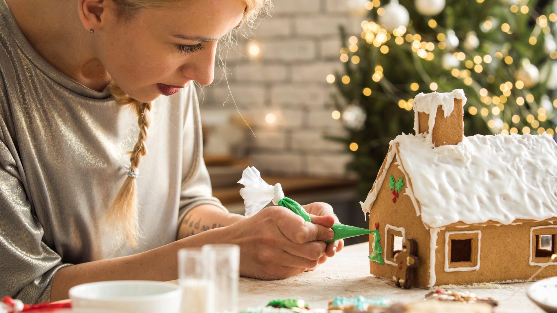 Virtual Gingerbread Houses