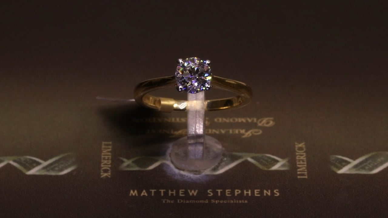74590 - Round Brilliant Solitaire, T0.90ct, Set in 18ct Yellow Gold